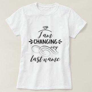 T-shirt Cool je change ma typographie de nom de famille
