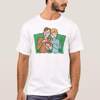 T-shirt Couples partageant le maïs éclaté