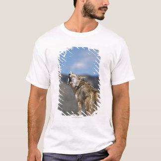 T-shirt Coyote hurlant du clou