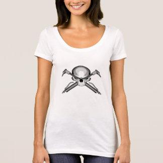 T-shirt Crâne et torches de coupe croisées