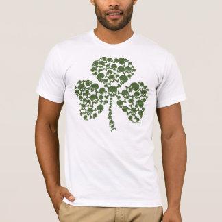 T-shirt Crânes de shamrock du jour de Patrick de saint