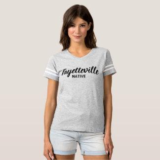 T-shirt cultivé par INDIGÈNE de FAYETTEVILLE