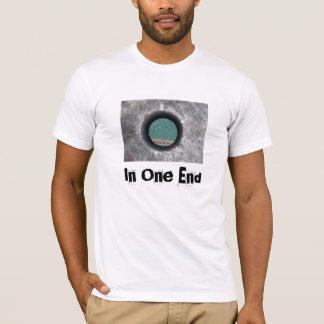 T-shirt Dans une extrémité