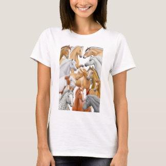 T-shirt De chevaux bébé en abondance - chemise de poupée