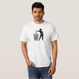 T-shirt de communisme de déchets