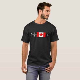 T-shirt de feuille d'érable du Canada de battement