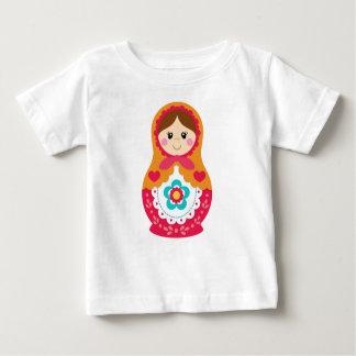 T-shirt de Matryoshka - rouge et orange