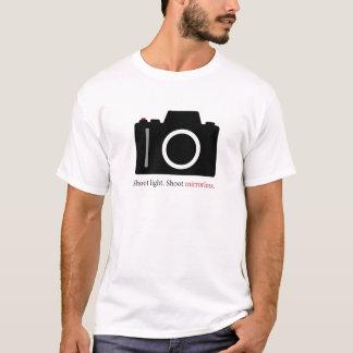 T-shirt de Mirrorless de pousse pour le