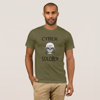 T-shirt de pirate informatique de soldat de Cyber