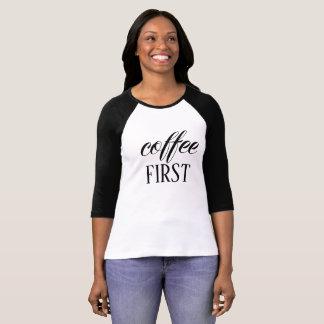 T-shirt de raglan de la douille des premières