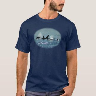 T-shirt de surfaçage de trois orques