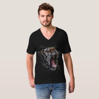 T-shirt de v-cou d'hurlement du tigre 7stars
