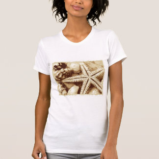T-shirt d'étoiles de mer et de femmes de
