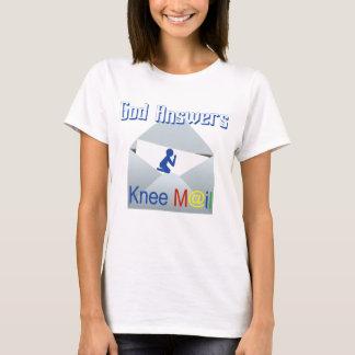 T-shirt Dieu répond à la pièce en t de foi de courrier de