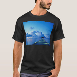 T-shirt Dock