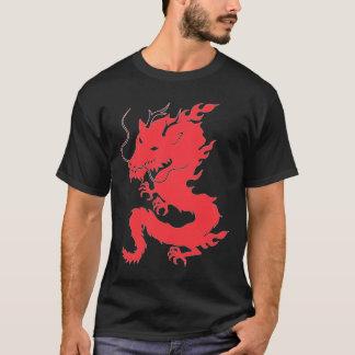 T-shirt Doublez les ailes dégrossies de dragon sur la