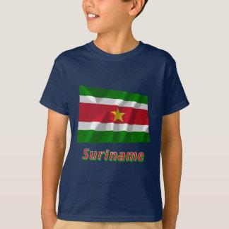 T-shirt Drapeau de ondulation du Surinam avec le nom