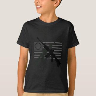 T-shirt Drapeau révolutionnaire croisé par AR-15