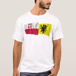 T-shirt Drapeaux de ondulation de la Pologne et du