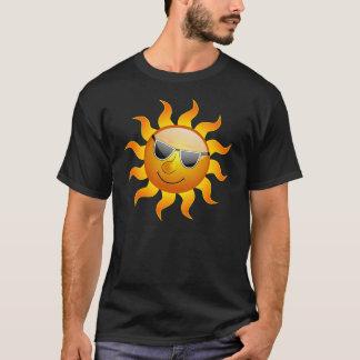 T-shirt drôle de Sun d'été