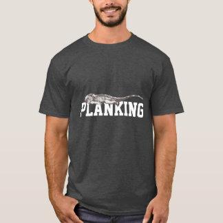 T-shirt drôle d'obscurité d'iguane de Planking