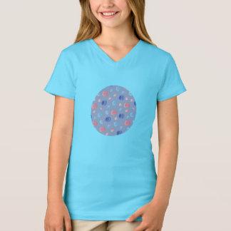T-shirt du V-Cou des filles chinoises de lanternes
