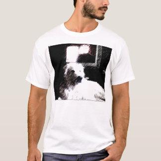 T-shirt eli devant la TV