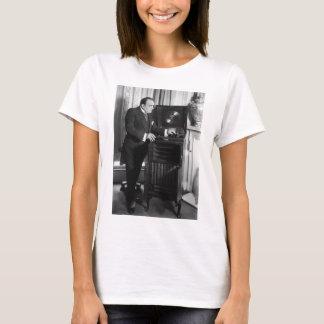 T-shirt Enrico Caruso avec un phonographe de marque de