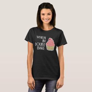 T-shirt Faites en cas de doute le chef cuire au four de