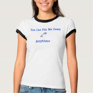 T-shirt Fierté adulte de jeu d'âge, Pin je vers le bas,