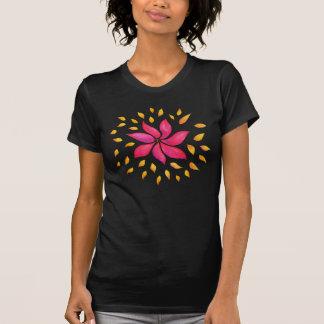 T-shirt Fleur lunatique abstraite de rose d'aquarelle
