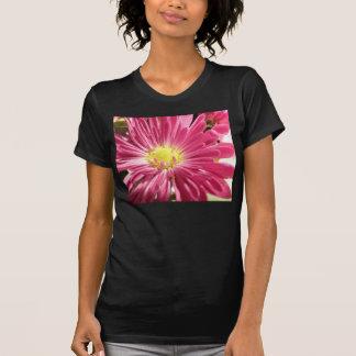 T-shirt Fleur rose lumineuse de marguerite