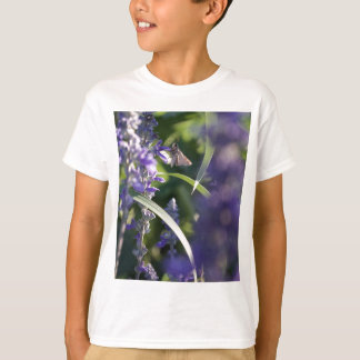 T-shirt Fleurs pourpres avec la mite