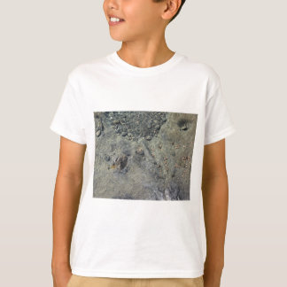 T-shirt Fond de la mer rocheux par l'eau de mer