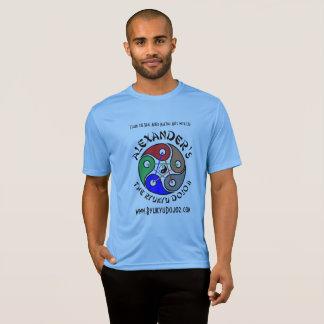 T-shirt frais du Sport-Tek de Ryukyu d'Alexandre