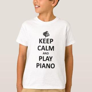 T-shirt gardez le piano de calme et de jeu