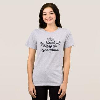 T-shirt Grand-maman bénie avec l'ornement classique gris