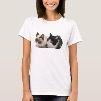 T-shirt grincheux de chat et de Pokey