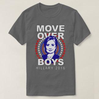 T-shirt gris au-dessus de garçons de Hillary