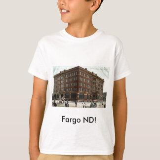 T-shirt Hôtel de Gardner, cru 1910 de ND de Fargo