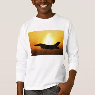 T-shirt Image de ciel de combattant de lever de soleil