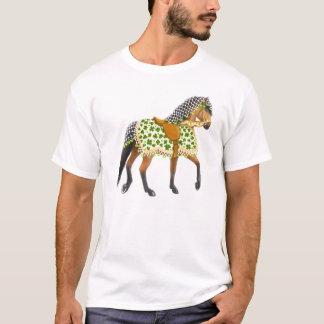 T-shirt irlandais de cheval de défilé de shamrock