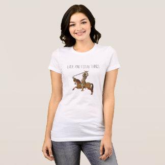 T-shirt Je monte et je poignarde des choses