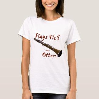 T-shirt Jeux bien avec d'autres clarinette