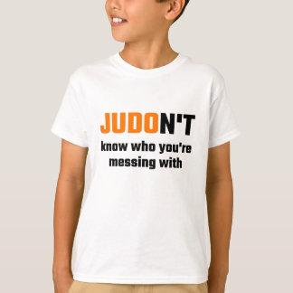T-shirt JUDOn't savent avec qui vous salissez