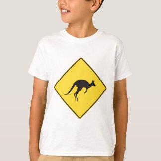 T-shirt kangourou sign.ai