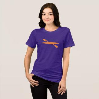 T-shirt Kayak de mer sur la chemise colorée