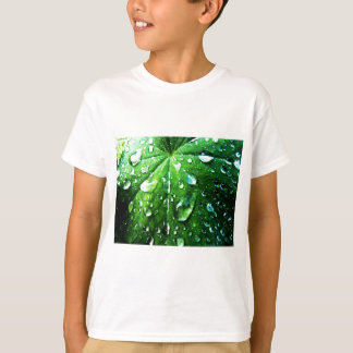 T-shirt La nature verte pousse des feuilles espace libre