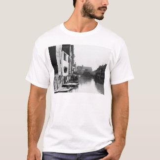 T-shirt La rivière Gera à Erfurt, Thiringia, c.1910