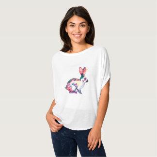 T-shirt Lapin mignon peint par couleur pour aquarelle